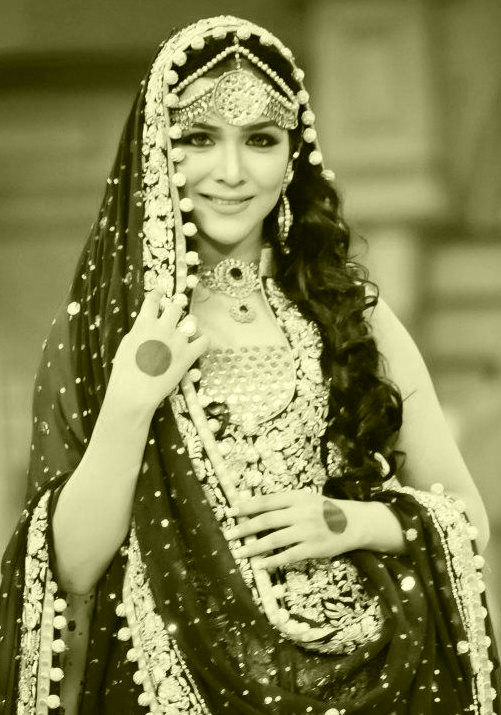 Sizzling Pakistani actress Humaima Malick photo