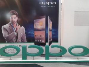 Oppo Smartphone HrithiK Roshan