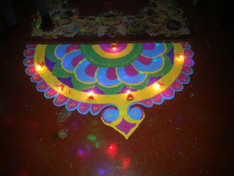 Simple Rangoli design Pics