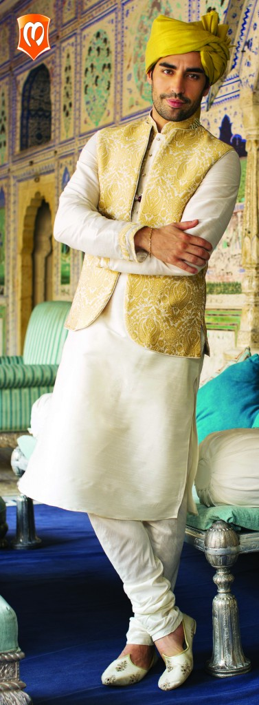 Manyavar Kurtas & Sherwani for weddings - Men Fashion