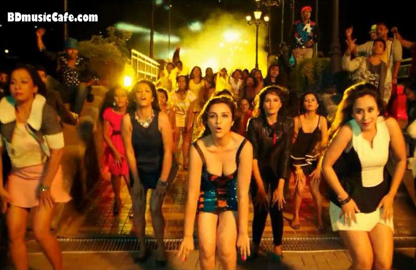Sexy Parineeti in Happy Budday, Kill Dil Movie