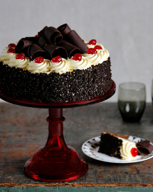 Black Forrest Cake for Christmas Eve Party