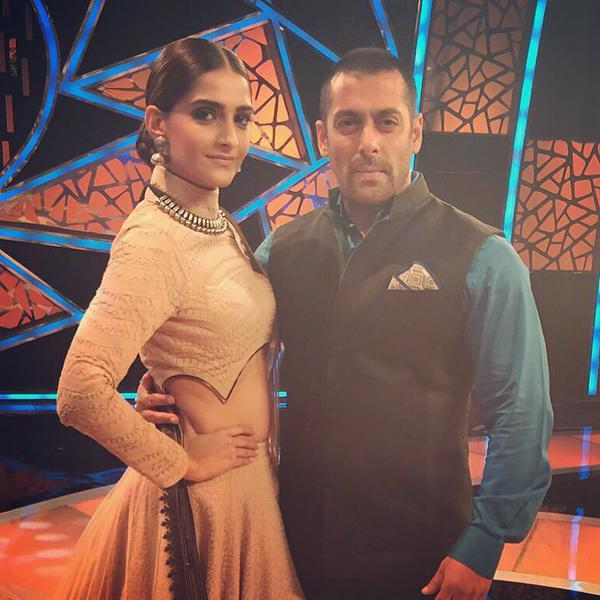 Sona Kapoor With Salman Khan