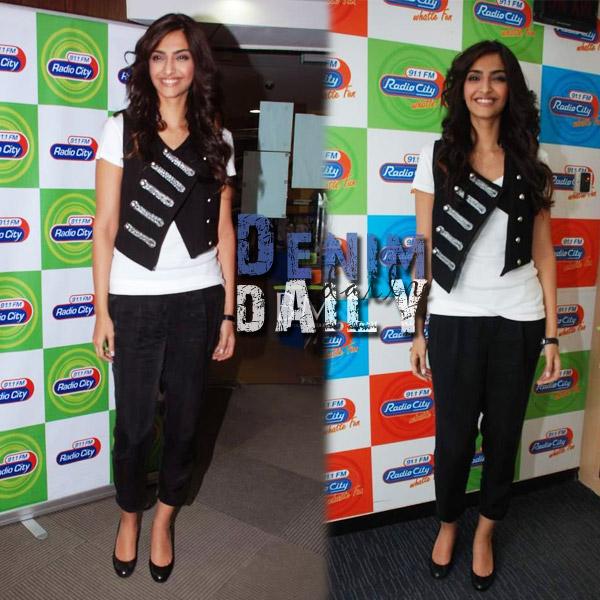 Sonam-Kapoor-in-Jeans