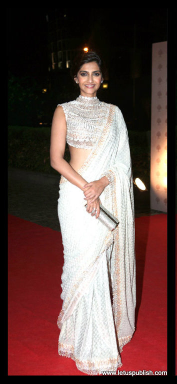 Sonam Kapoor in White saree images