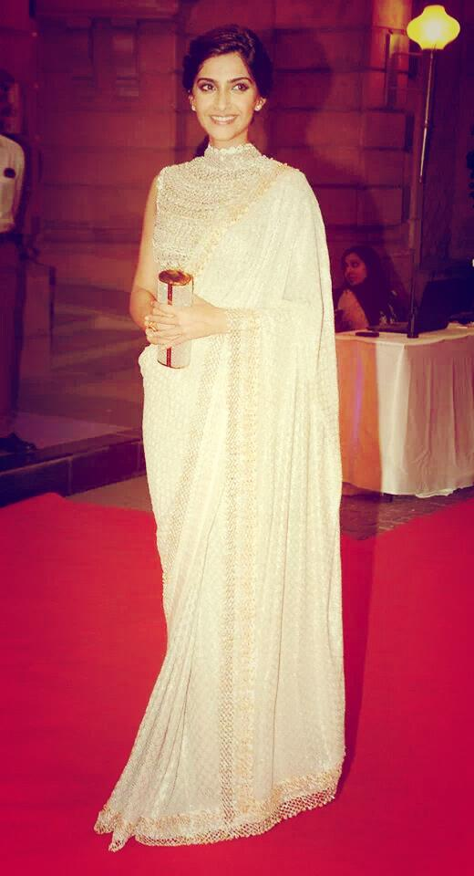 Sonam kapoor in White Designer Saree