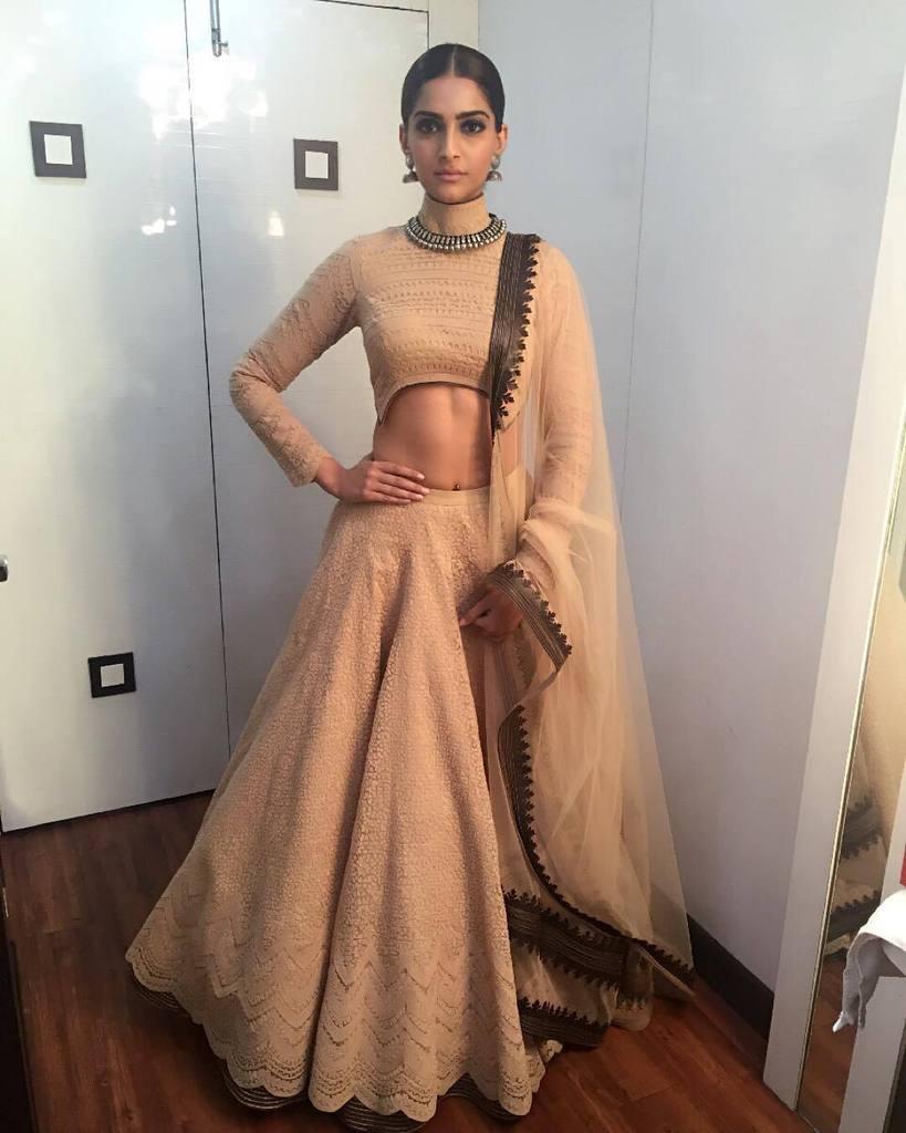 Sonam Kapoor Styles