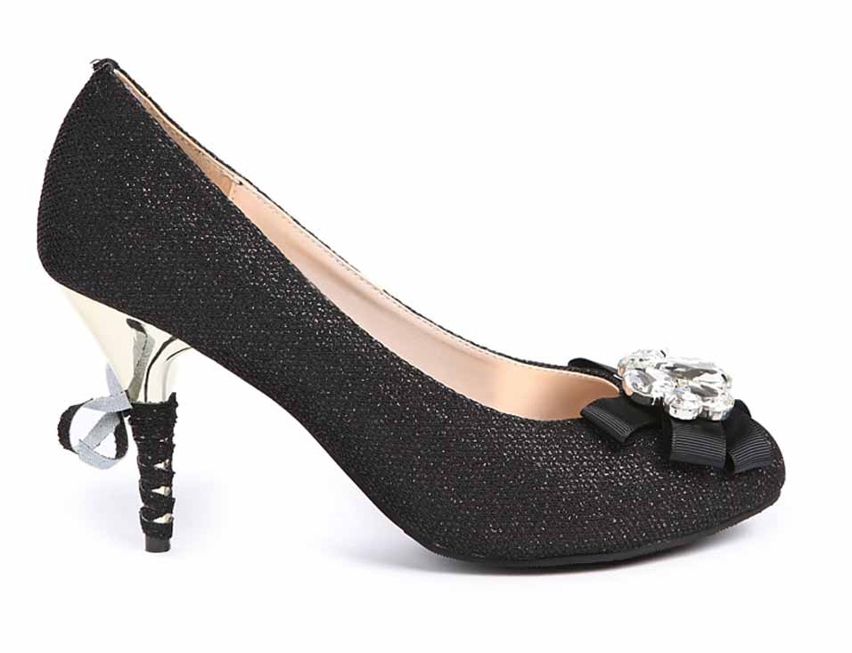 Black high heels for party - Heel and Buckle