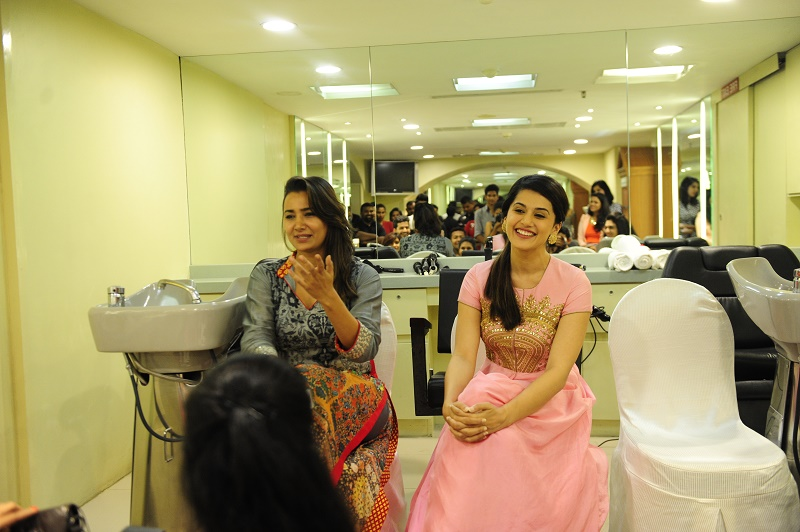 Actress Taapsee Pannu in Pink Gown.JPG