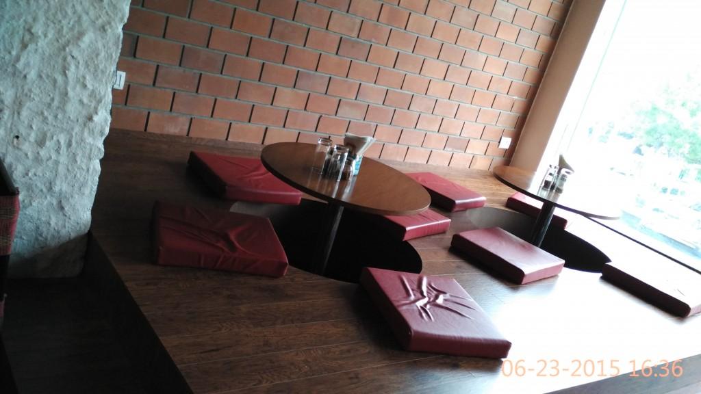 Cafe Tafri Sec 15 Interiors