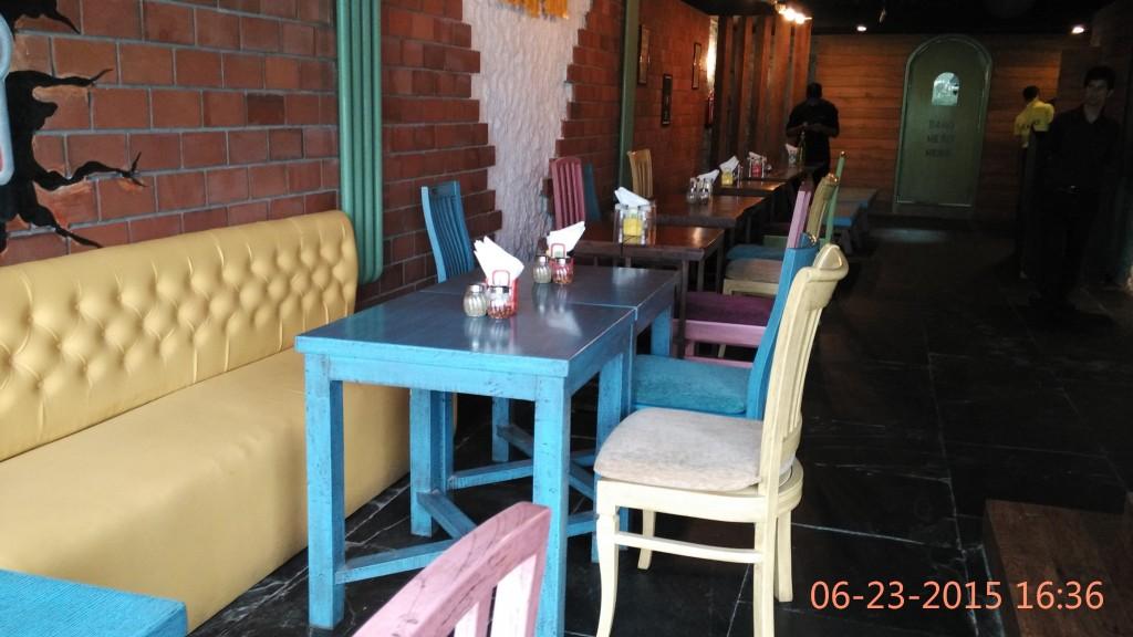 Theme Cafe Tafri Interiors