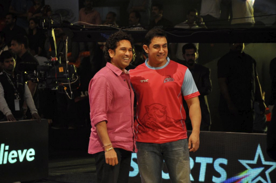 Amir Khan And Sachin Tendulkar at Pro Kabaddi League