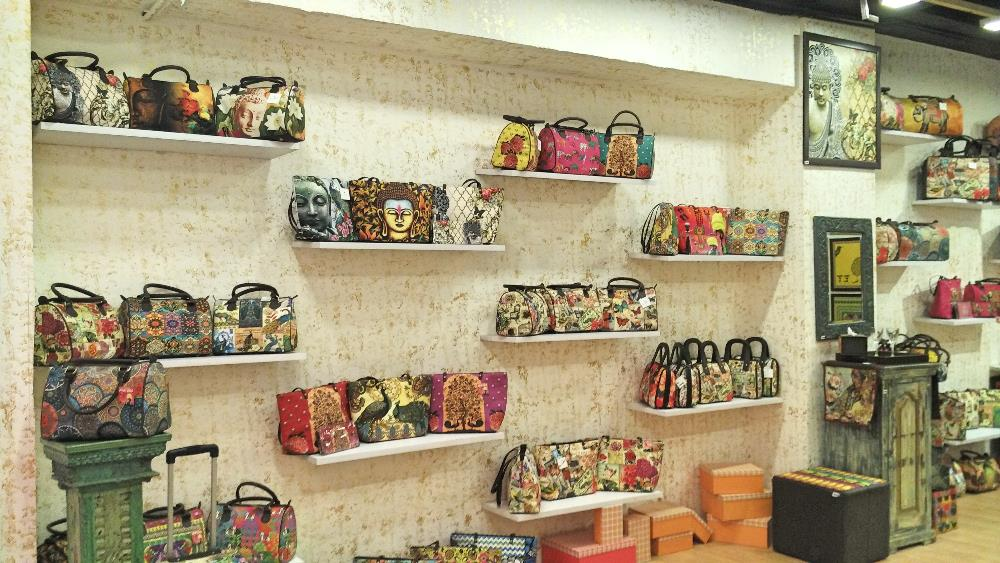 Desi Pop DLF Store Pics