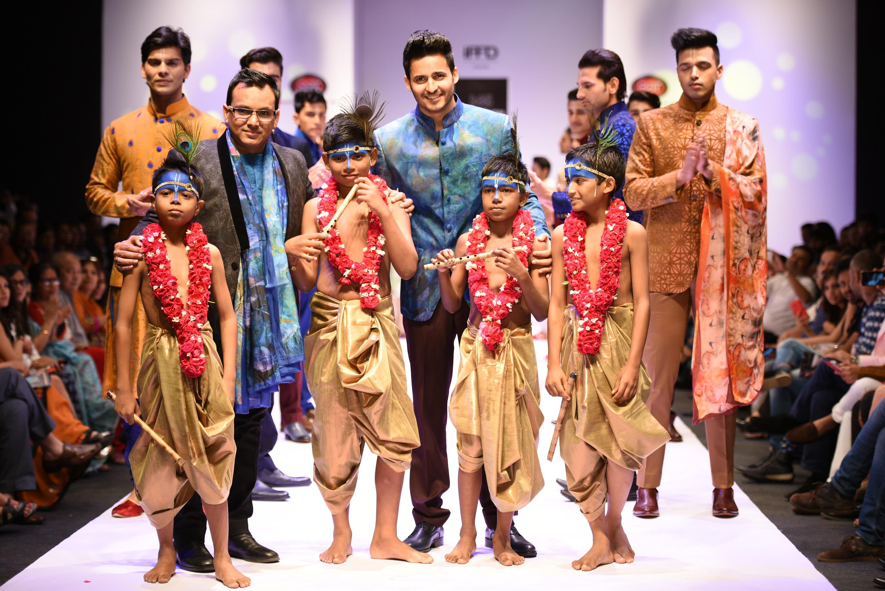 Designer Manish Gupta with Actor Mohit Malhotra