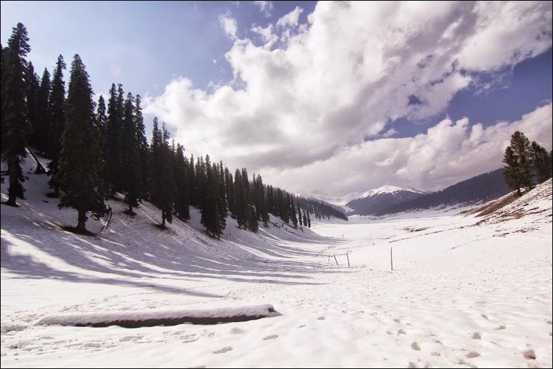 Kashmir Travel Images