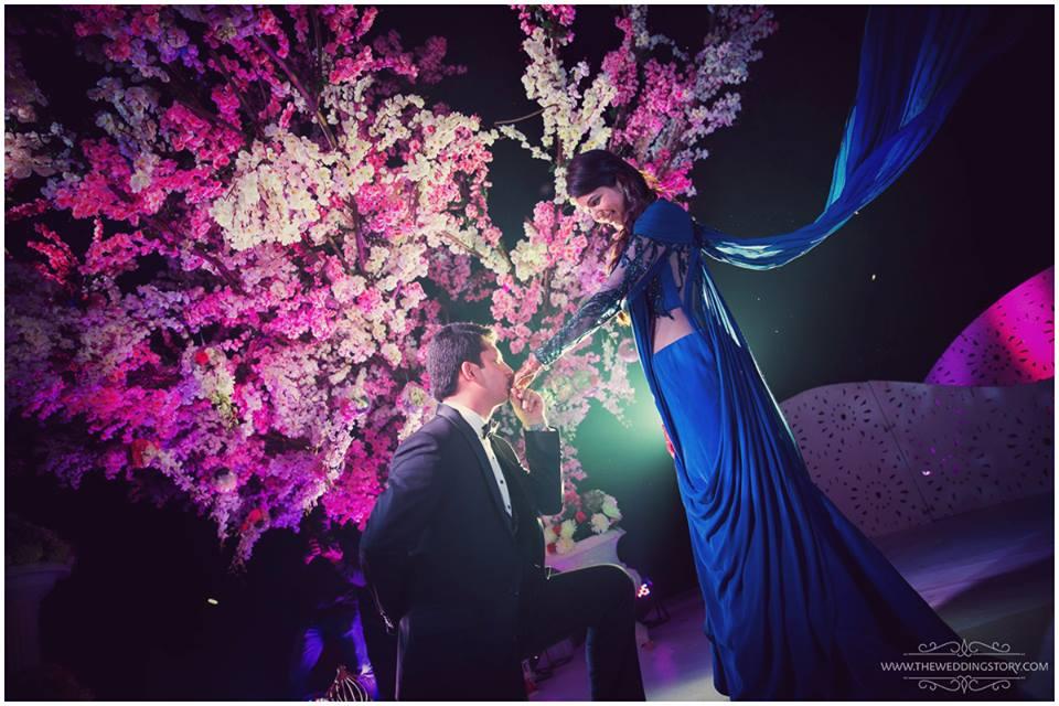 Romantic Indian wedding photography poses