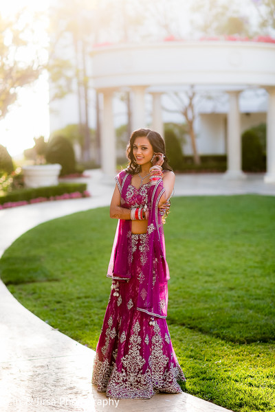 Wedding Day Indian Bride Photo Poses