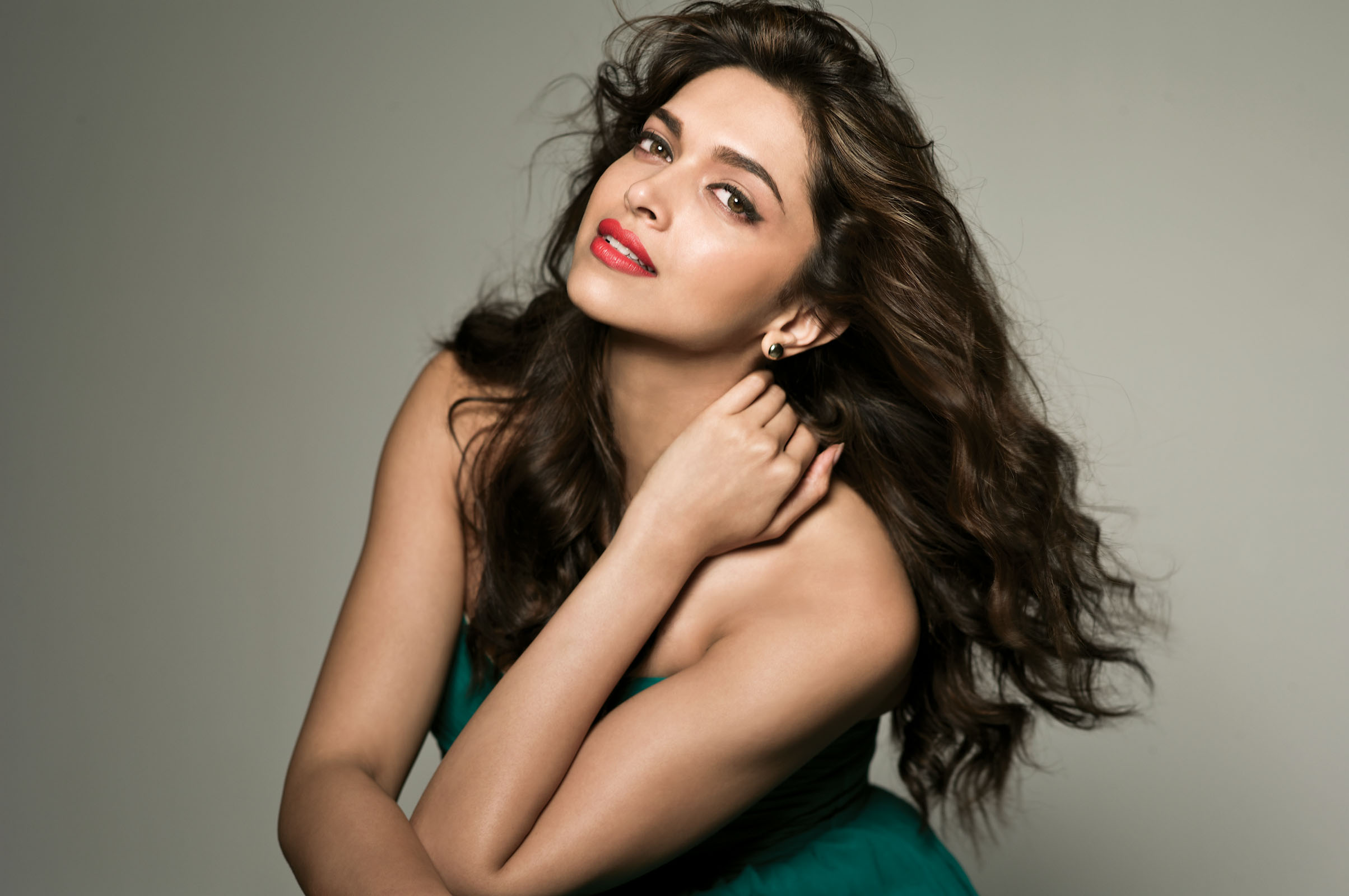 Deepika Padukone Wallpaper in HD