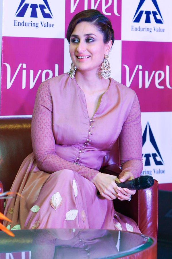 Kareena Kapoor Khan At Vivel Event