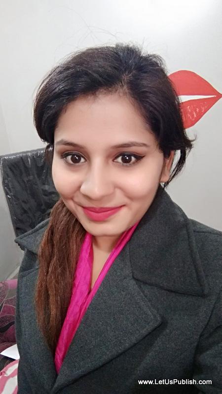 Indian Fashion and Makeup Bloggger Yogita aggarwal