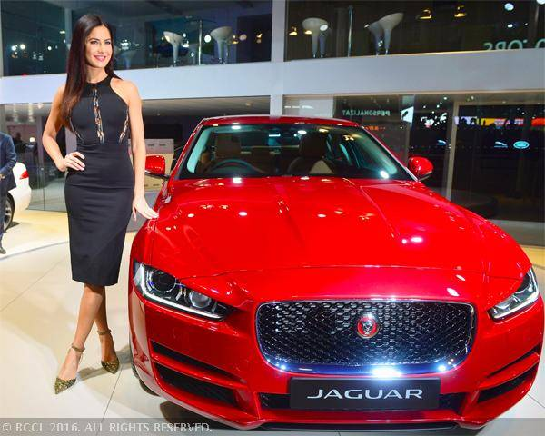 Katrina at Auto Expo