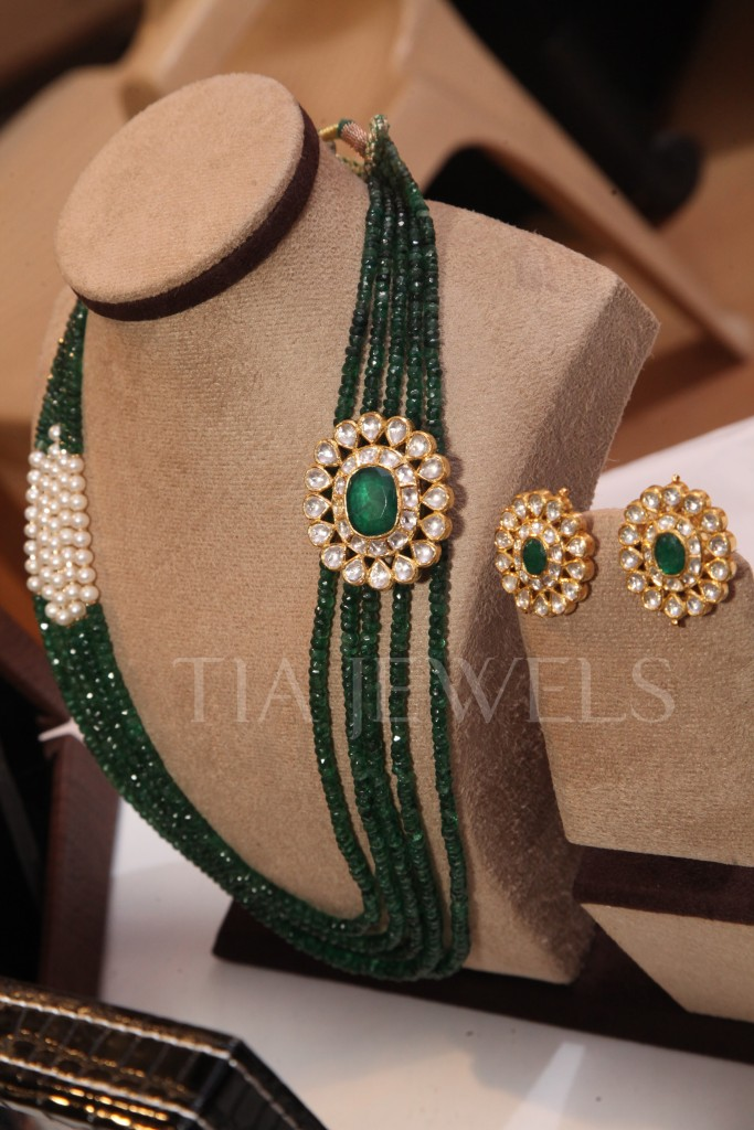 Latest Royal Jewelry Designs Neckpiece and earings