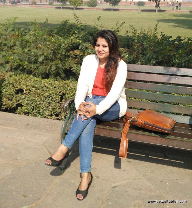 Me, Yogita at Agra Travel Pics