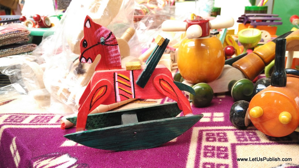 Wooden Toys Art work- Surajkund Mela Pictures 2016.jpg