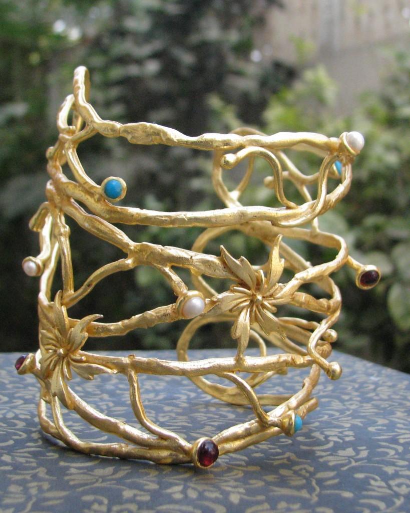 Latest Designer Gold Braclet