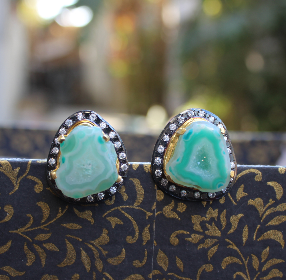 Latest Earing Designs from Gharaz