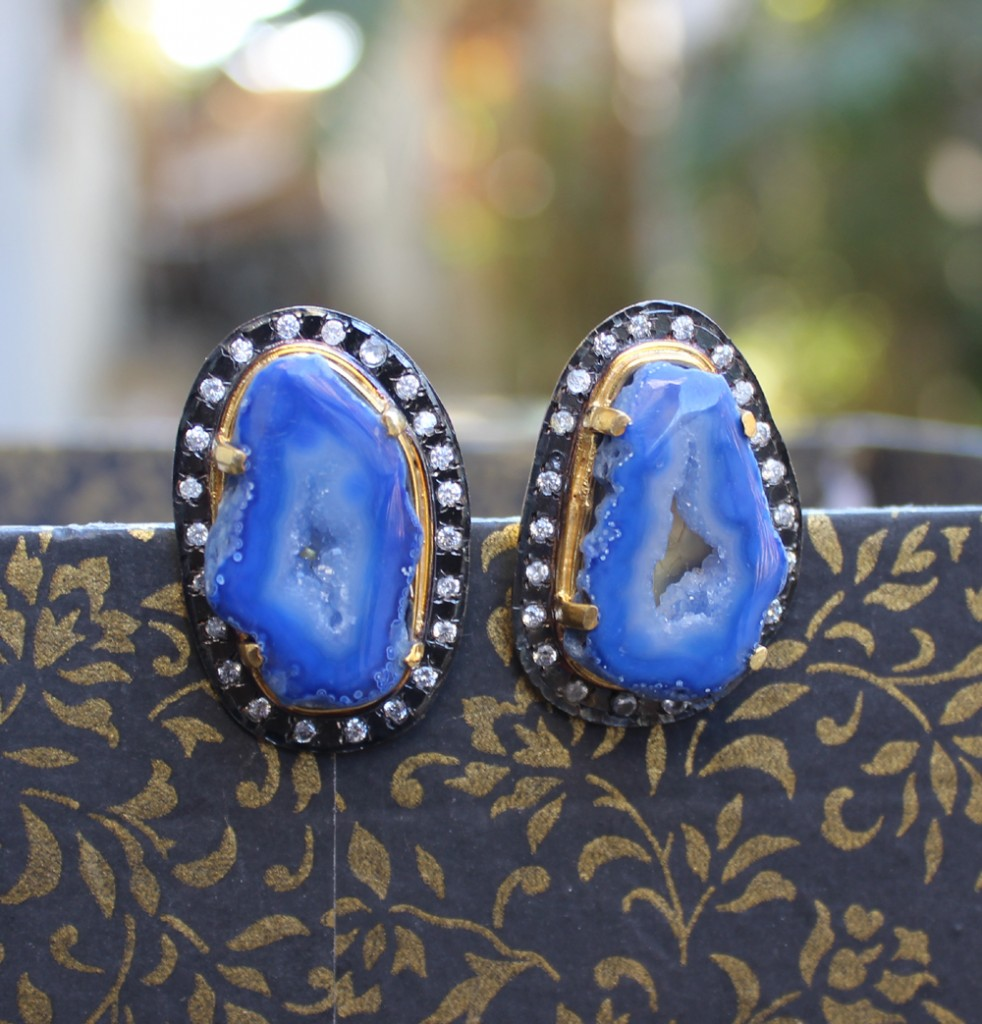 Latest Earing Designs from in Gold Gharaz
