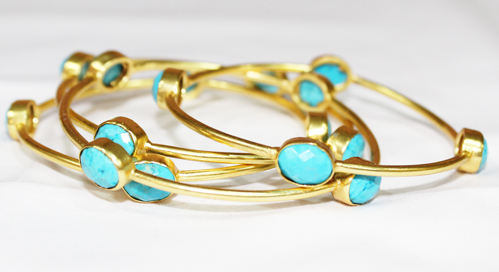Latest Gold Bangles Designs from Gharaz