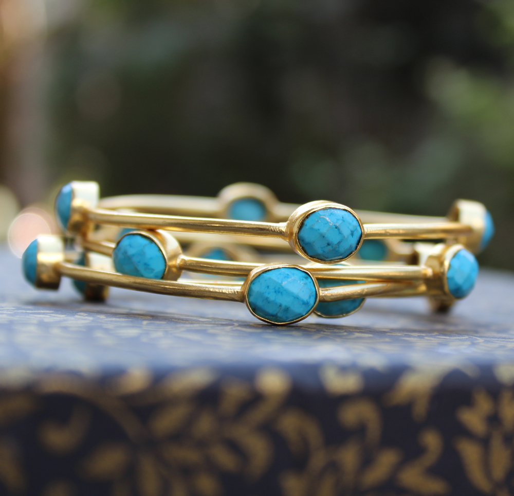 Latest Gold Bangles with stones Designs from Gharaz
