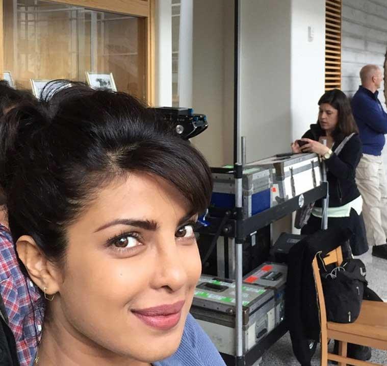 Priyanka Chopra, Quantico Selfie