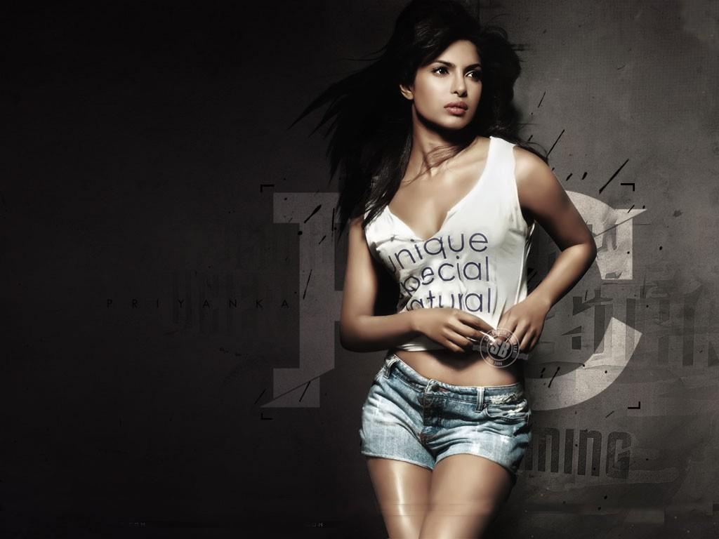Priyanka Chopra Stunning Wallpaper