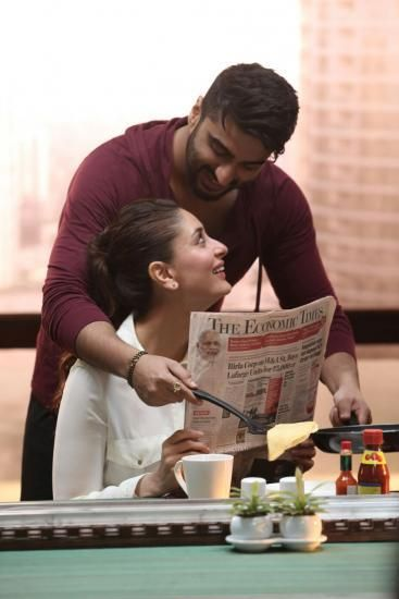 Role Reversal Ki and Ka , Arjun Kareena Romance Pics