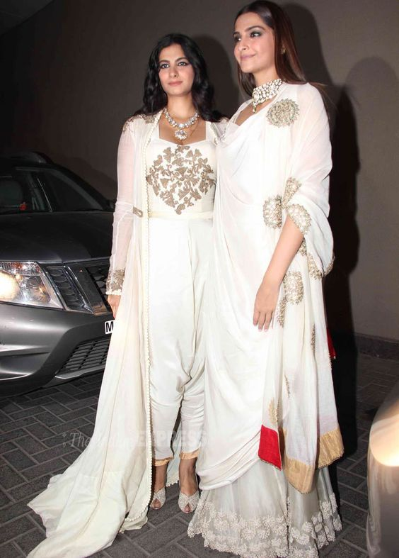 Sonam and Rhea Kapoor Bollywood Sisters