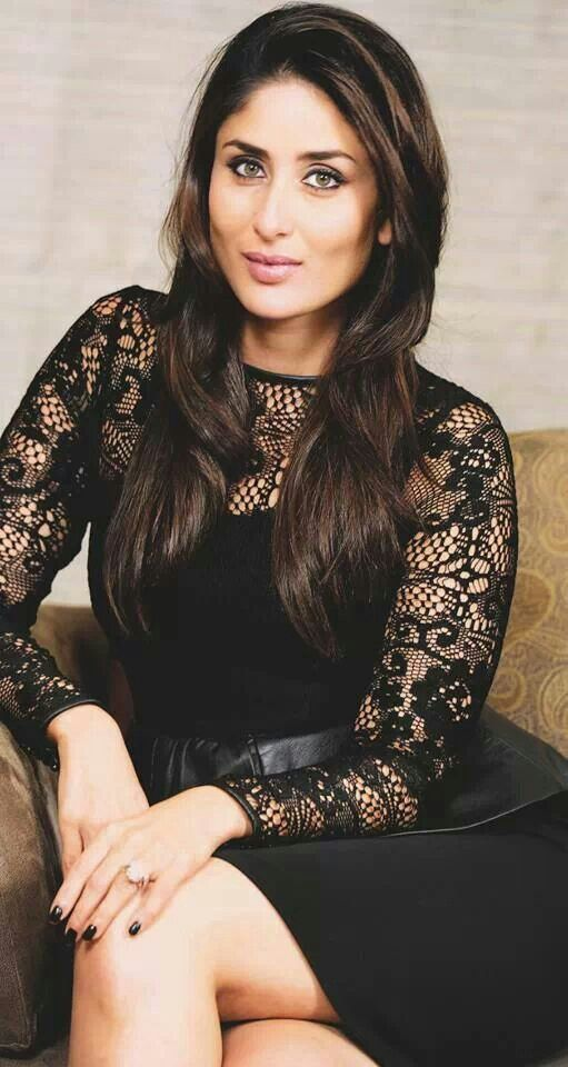 Kareena Kapoor Latest Pic in Black Dress