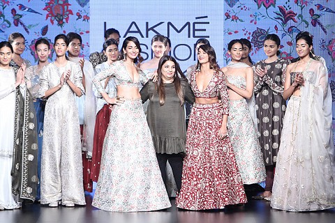 Payal Singhal collection at LFW 2016