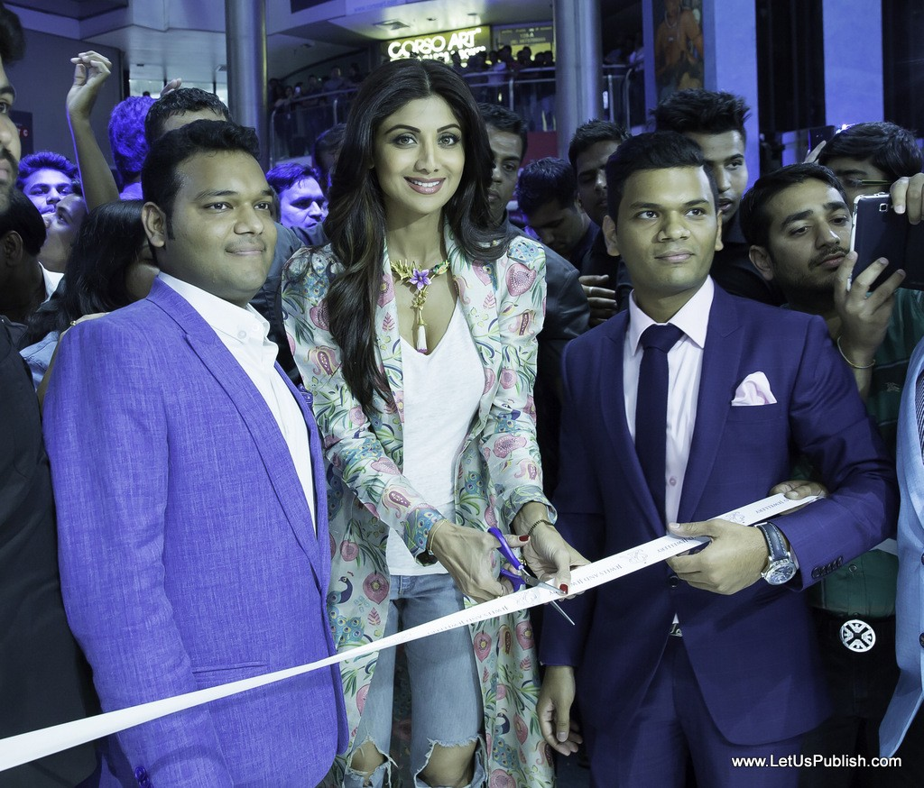 Shilpa Shetty Kundra Launched S2R Jewels & Jewellery