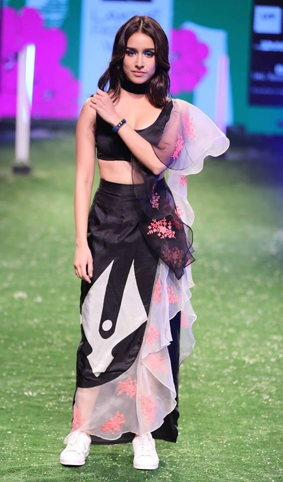 Shraddha Kapoor Latest Pics Fitbit