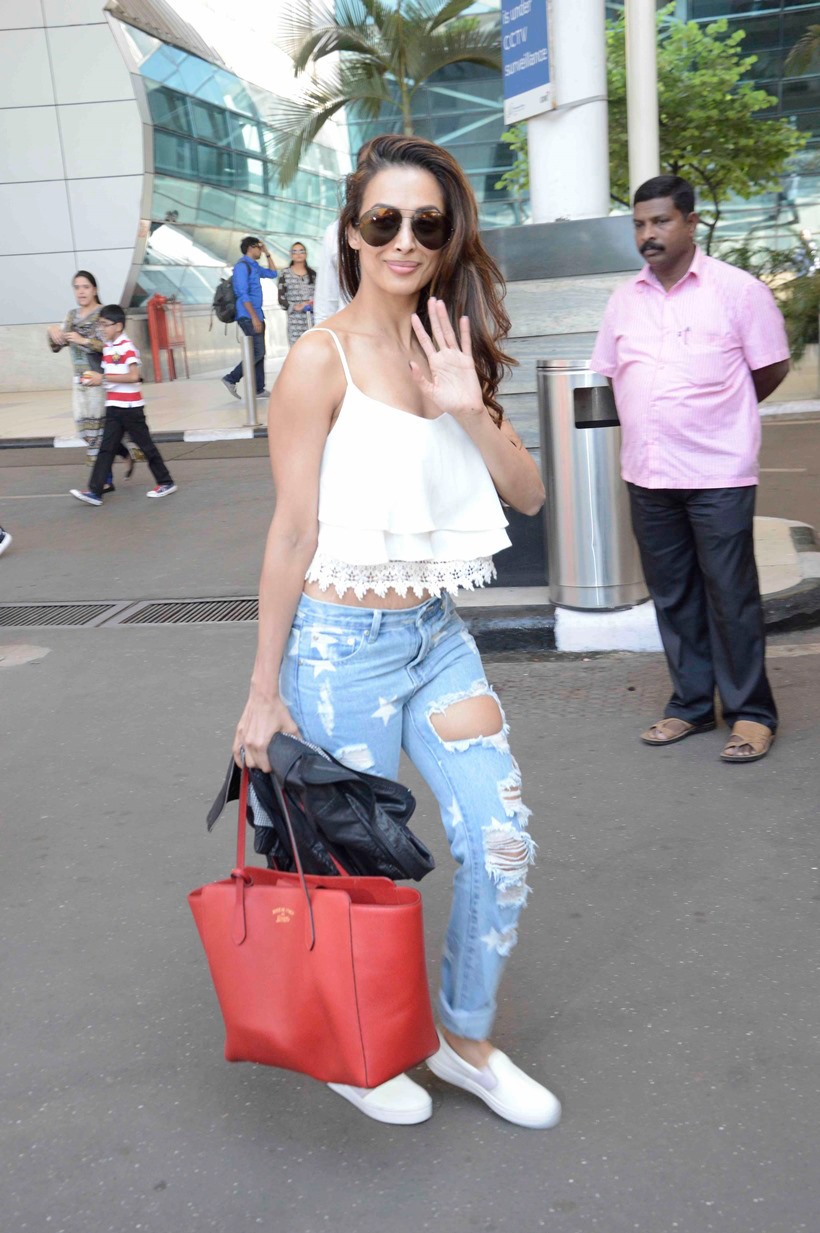 bollywood airport styles and fashion
