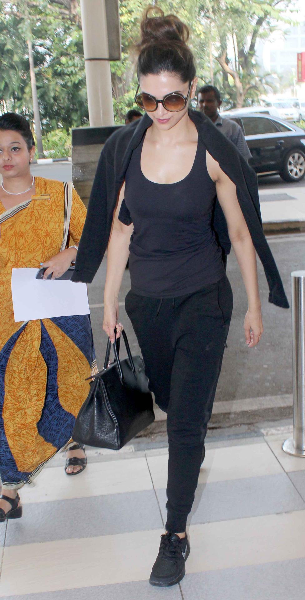 Airport styles of Deepika Padukone