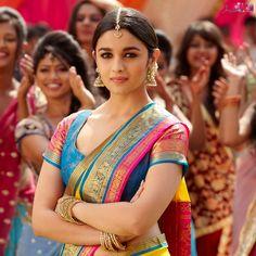 Alia Bhatt in saree- Petite body frame