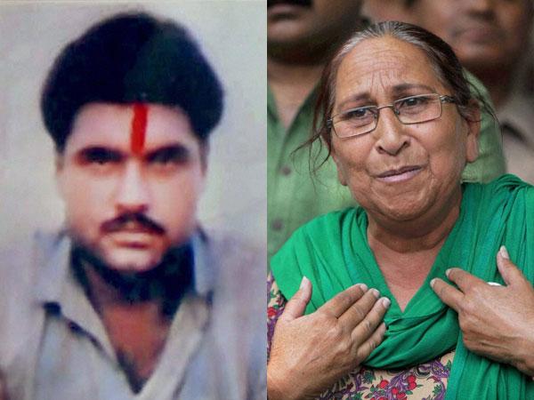Sarbjit and his sister Dalbir Kaur - Real