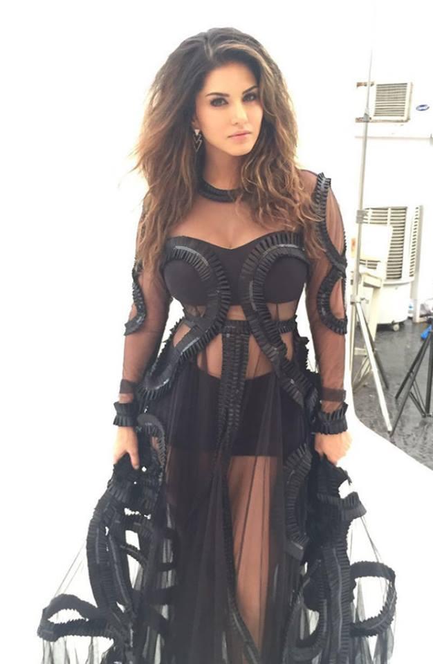 Sunny Leone latest photos