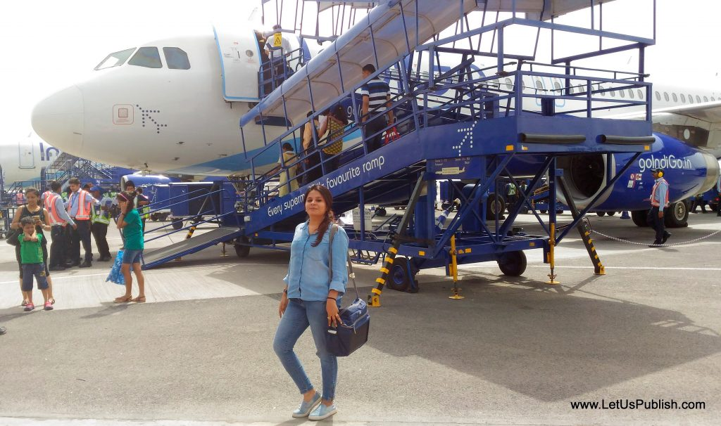Airport Style with Fashion and Beauty Blogger Yogita Aggarwal-001