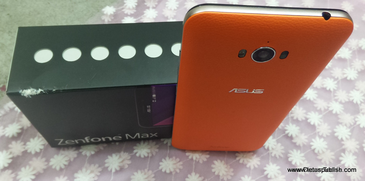 Top view of Asus Zenfone max