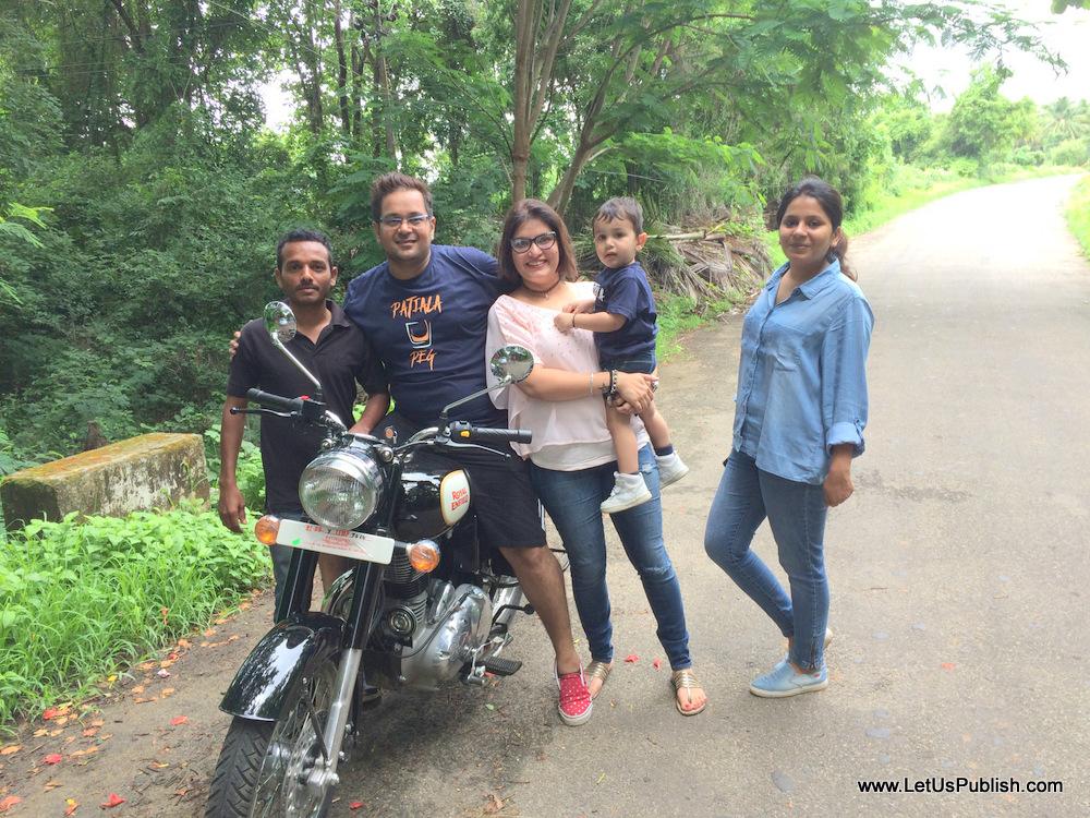 Bloggers who visited Kairali Healing Village Travel photos Yogita Aggarwal