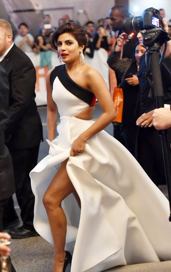 Priyanka Chopra at red carpet